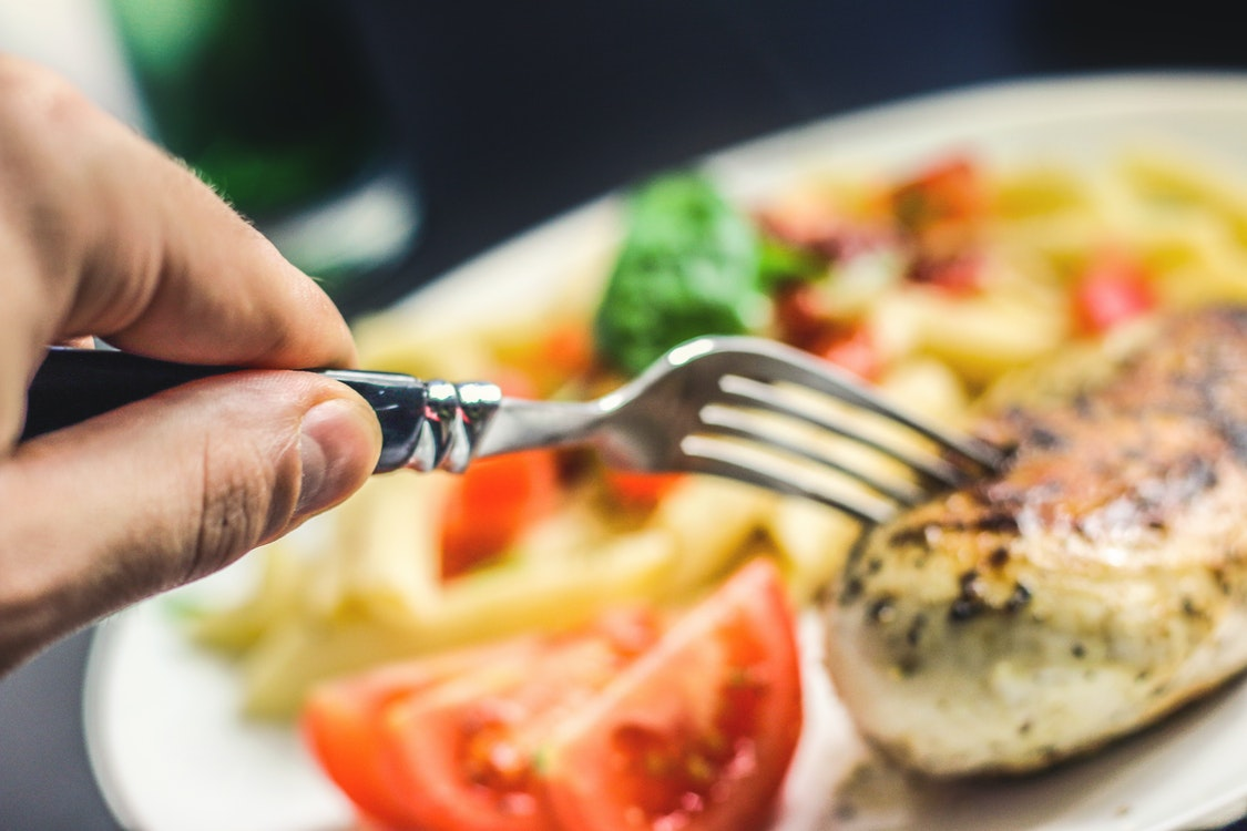 Secrets on Finding the Best Lunch Spot in Your Area – Considerations to Go Over